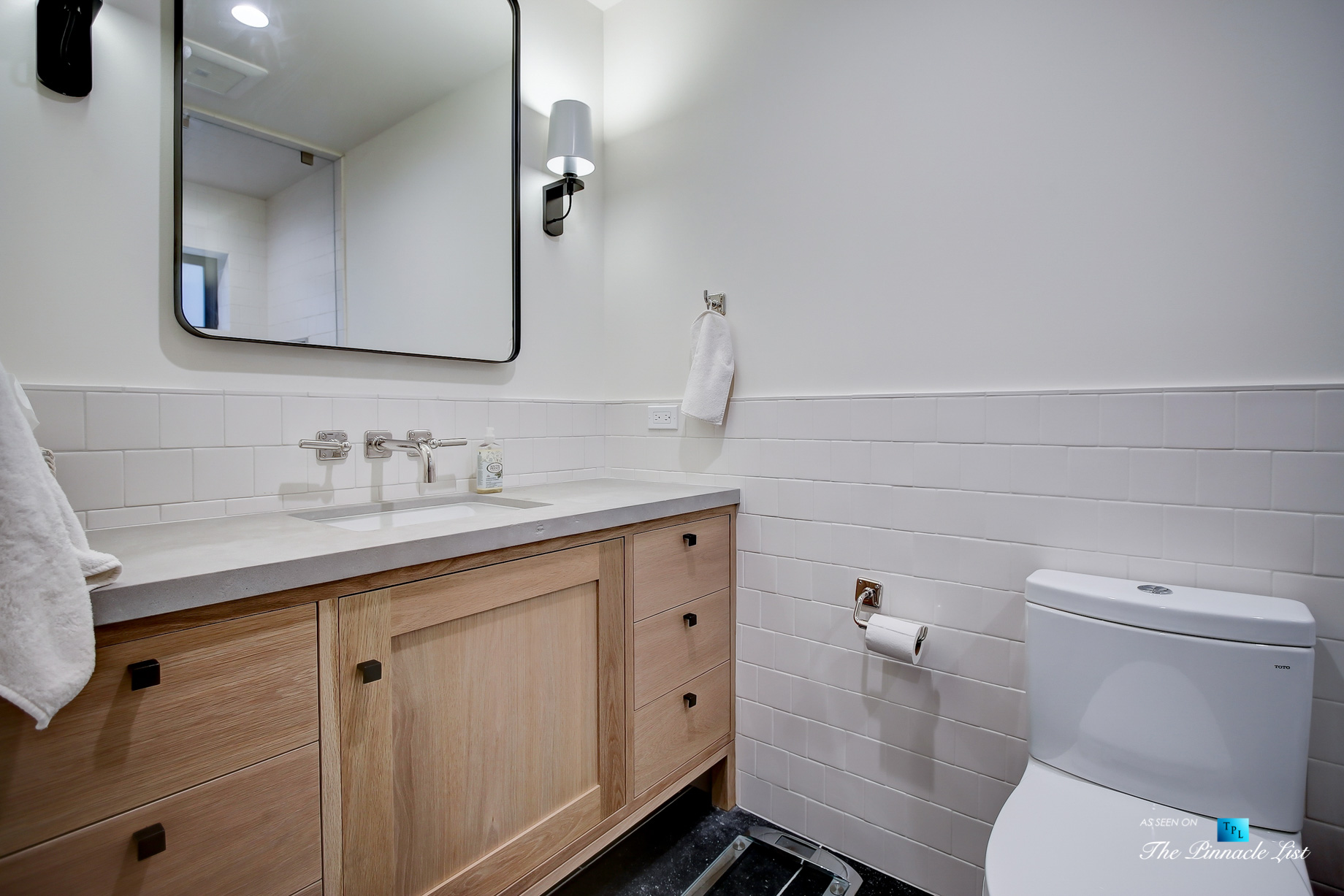 825 Highview Ave, Manhattan Beach, CA, USA – Bathroom – Luxury Real Estate – Modern Spanish Home