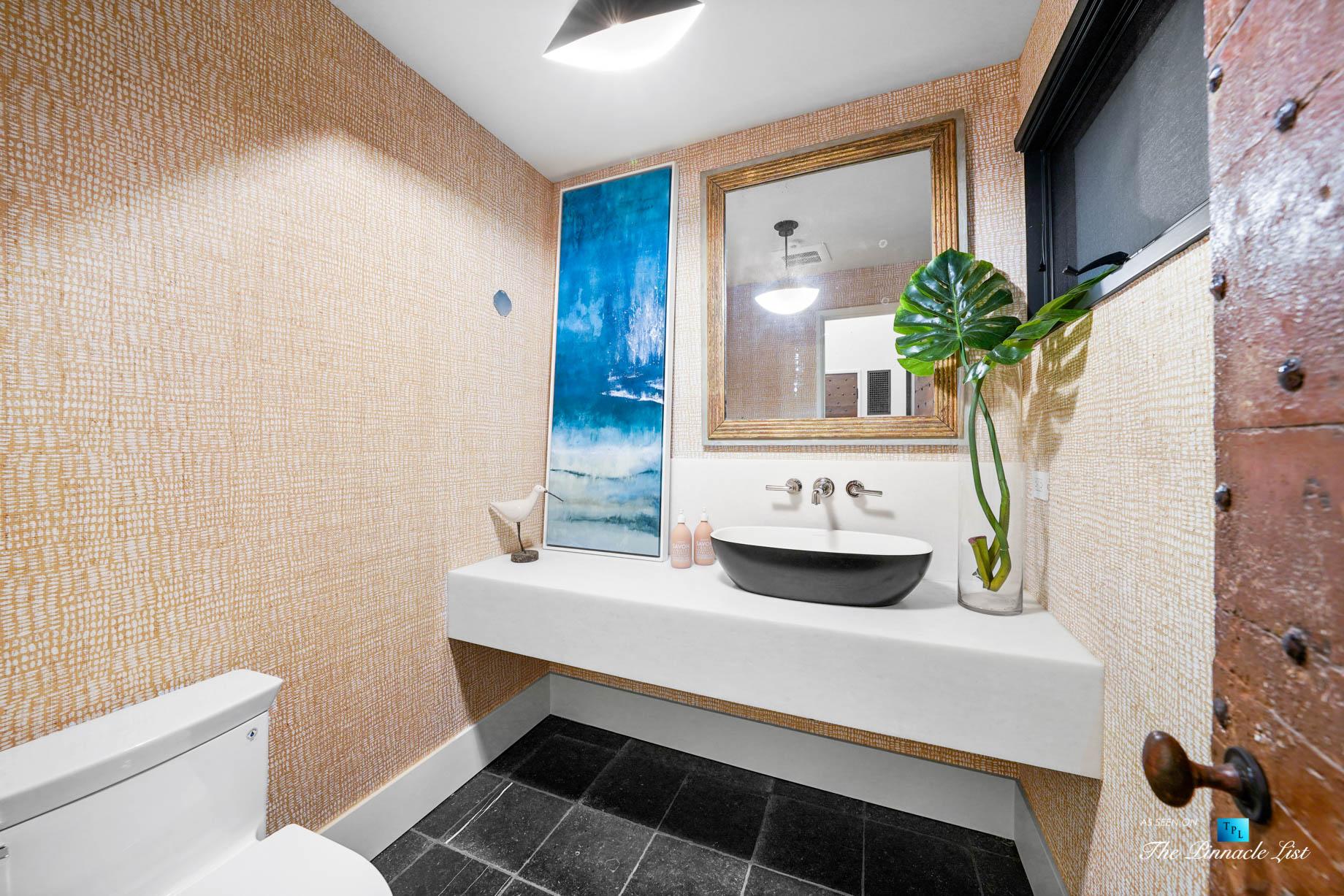 508 The Strand, Manhattan Beach, CA, USA – Luxurious Entry Washroom – Luxury Real Estate – Oceanfront Home