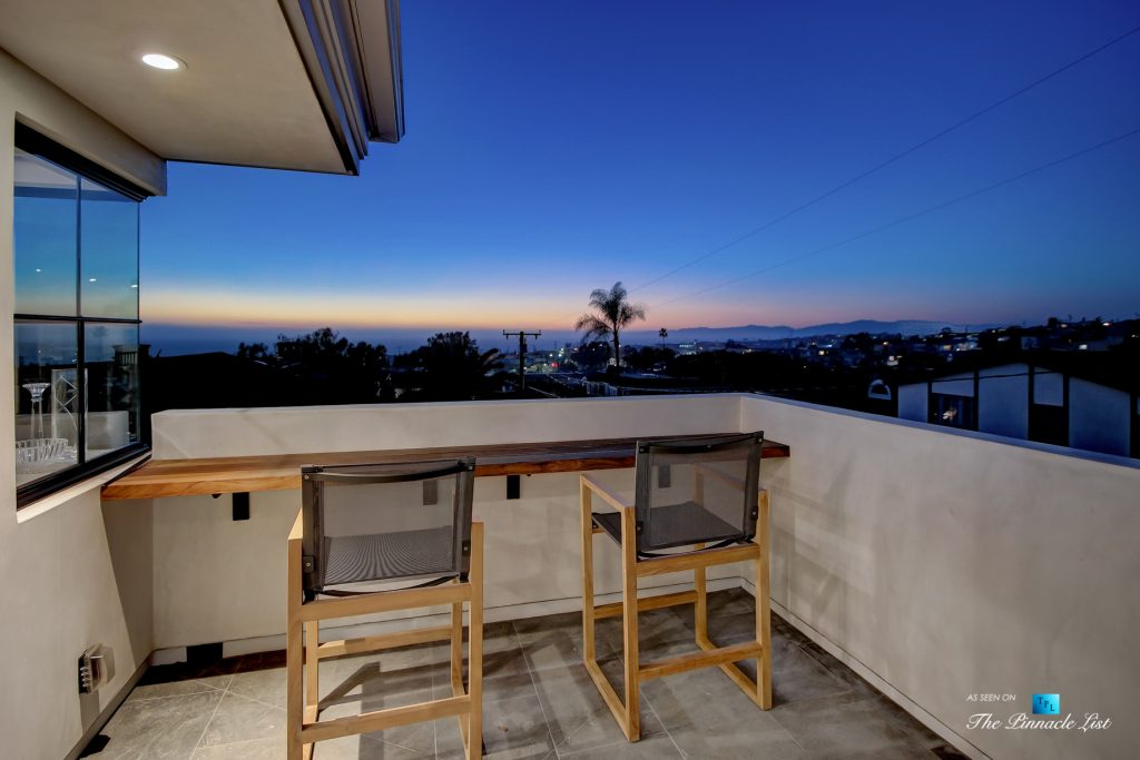 825 Highview Ave, Manhattan Beach, CA, USA - Night Upper Deck Ocean View - Luxury Real Estate - Modern Spanish Home