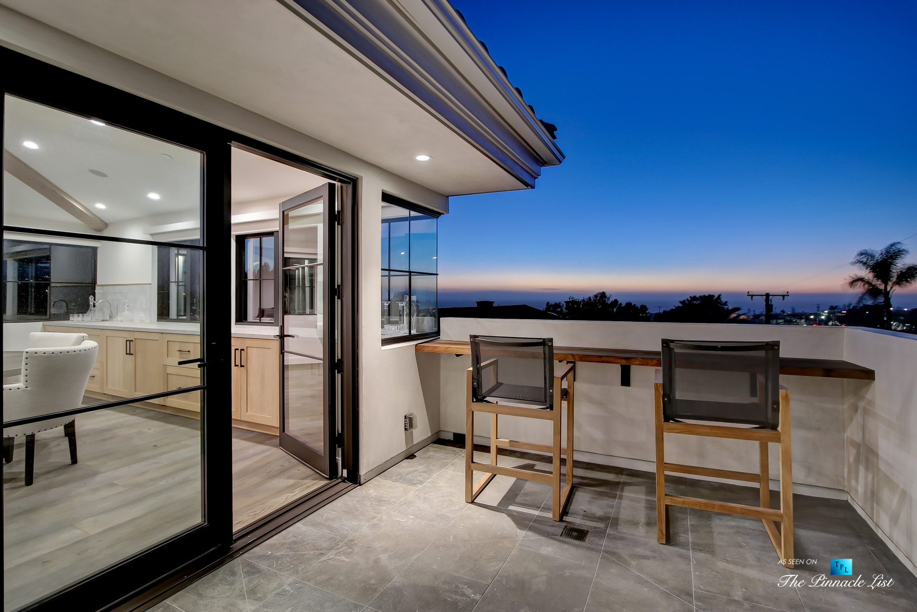 825 Highview Ave, Manhattan Beach, CA, USA – Night Upper Deck Ocean View – Luxury Real Estate – Modern Spanish Home