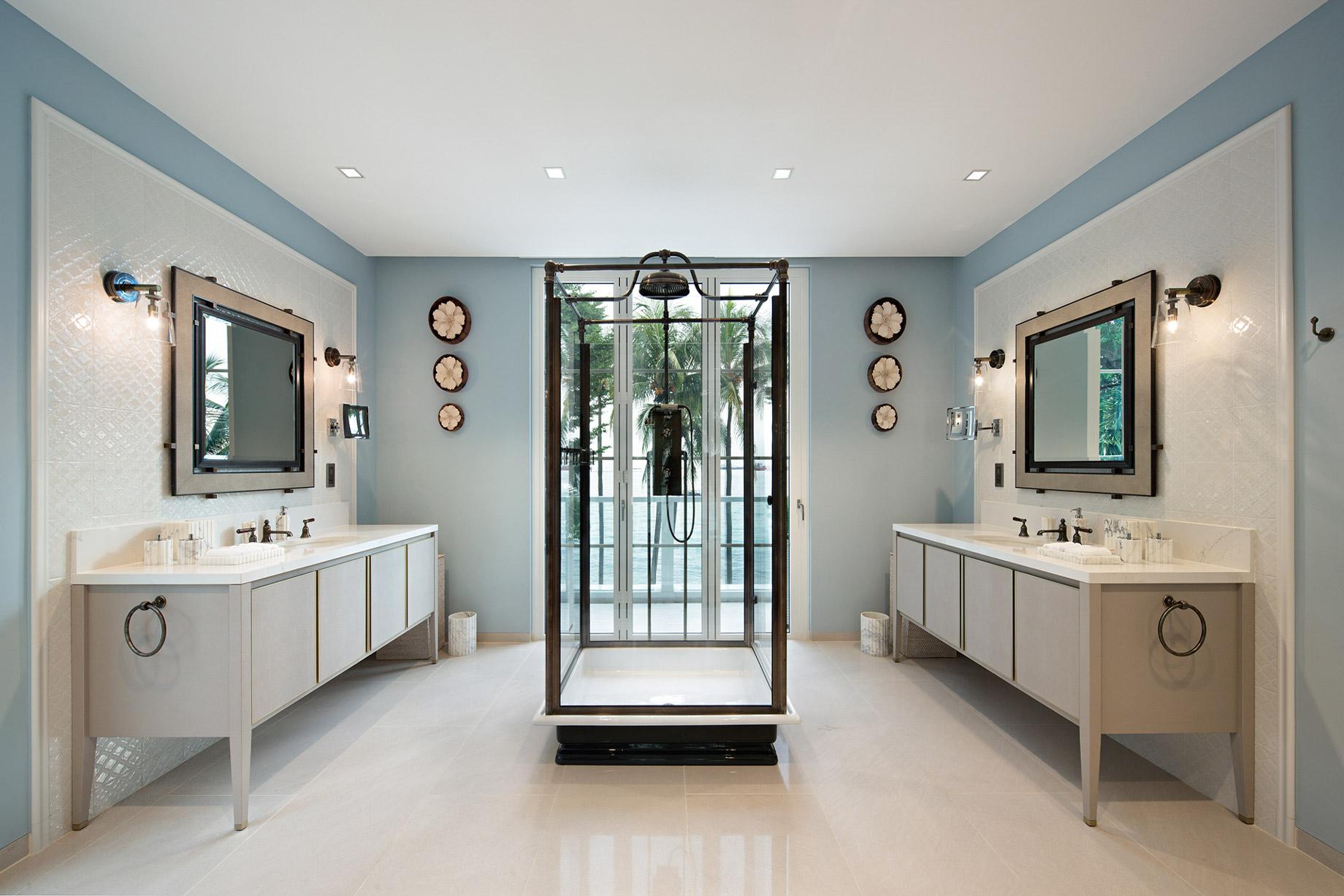 Luxury Villa Bathroom - Indonesia