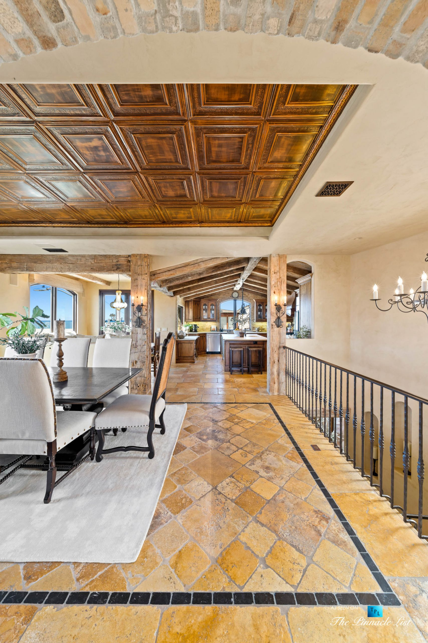 216 7th St, Manhattan Beach, CA, USA – Luxury Real Estate – Coastal Villa Home – Dining Room and Kitchen