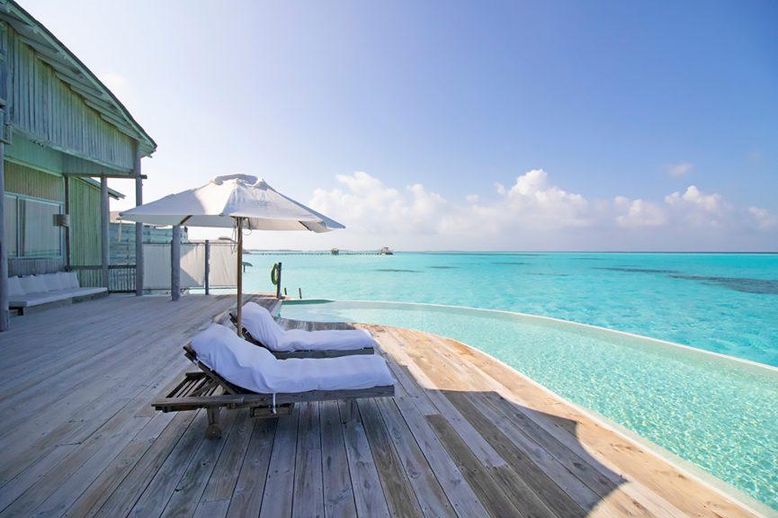 Soneva Jani Luxury Resort - Noonu Atoll, Medhufaru, Maldives - 4 Bedroom Water Reserve Villa Infinity Pool Deck