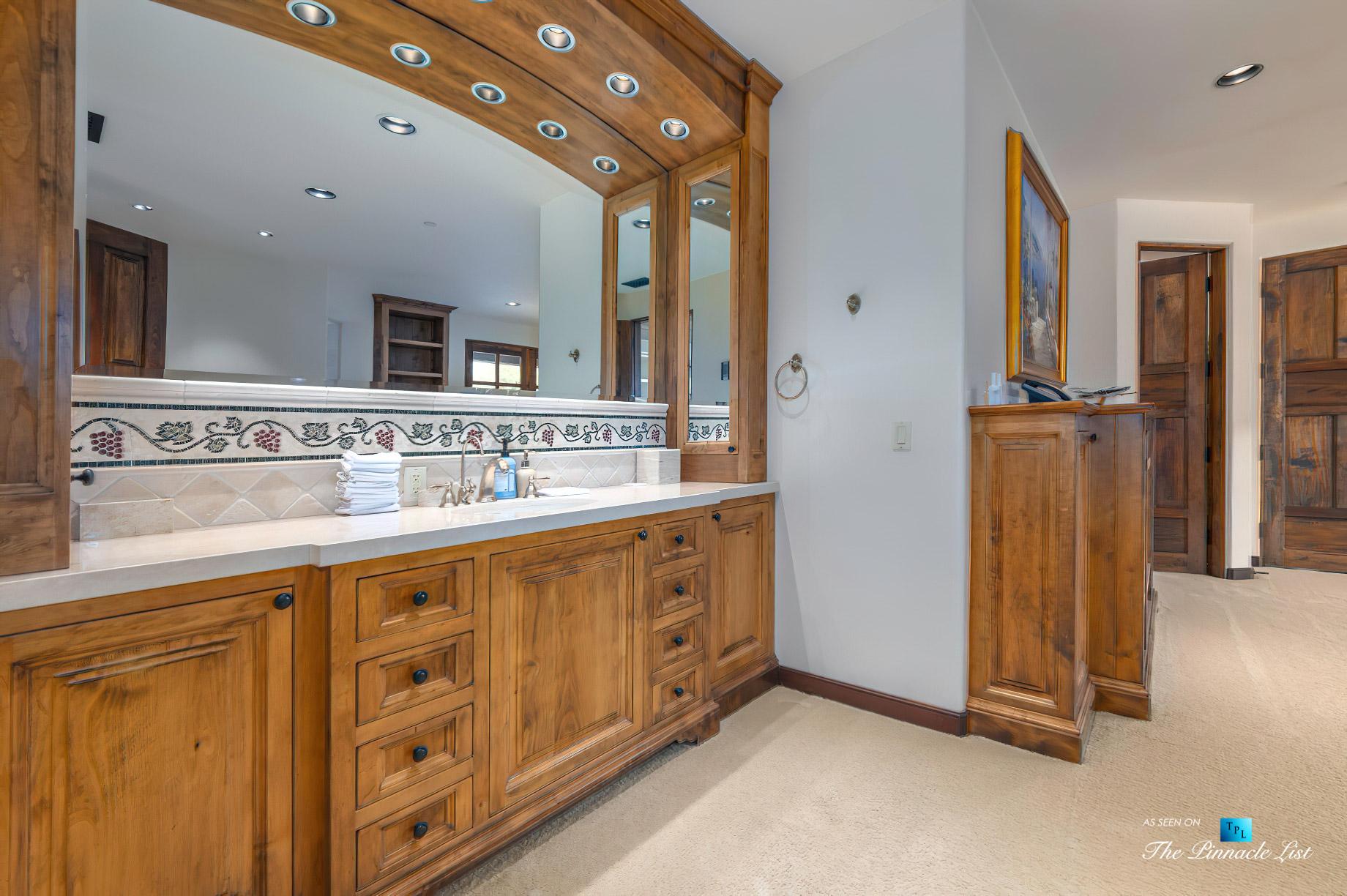 2667 Via De Los Ranchos, Los Olivos, CA, USA – Bathroom Vanity