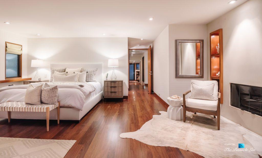 732 The Strand, Hermosa Beach, CA, USA - Master Bedroom