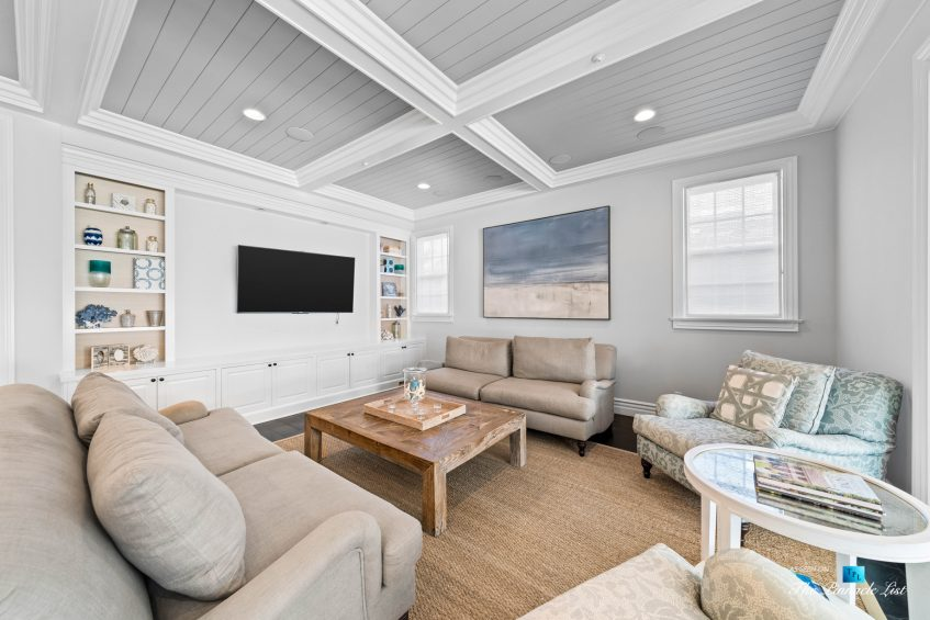 1412 Laurel Ave, Manhattan Beach, CA, USA - Living Room