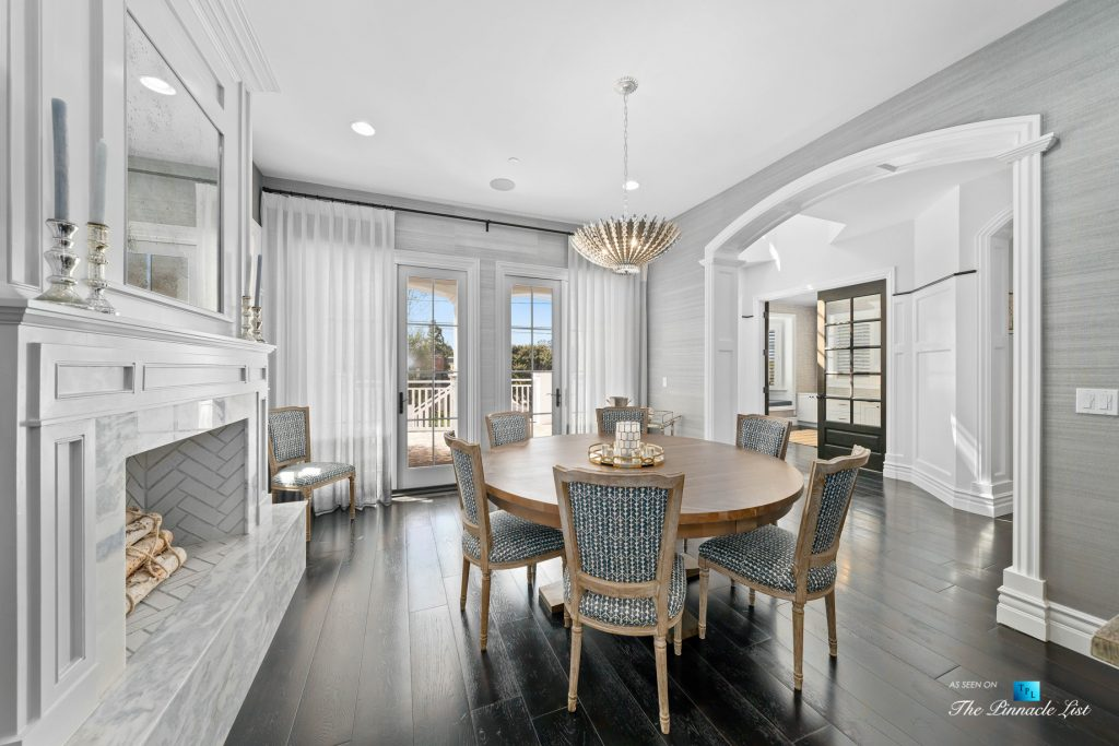 Authentic East Coast Cape Cod Style Home - 1412 Laurel Ave, Manhattan Beach, CA, USA - Dining Room