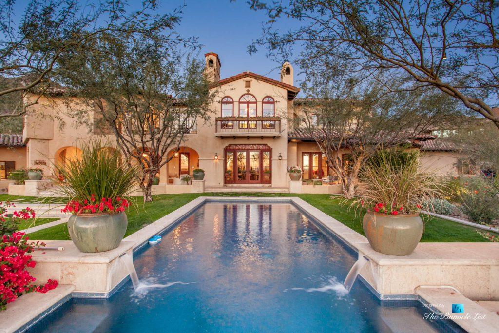 Spanish Colonial Biltmore Mountain Estate - 6539 N 31st Pl, Phoenix, AZ, USA - Backyard Exterior Pool