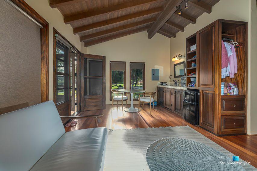 2667 Via De Los Ranchos, Los Olivos, CA, USA - Staff Apartment