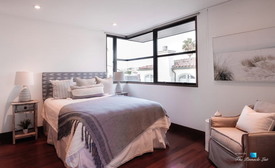 732 The Strand, Hermosa Beach, CA, USA - Bedroom