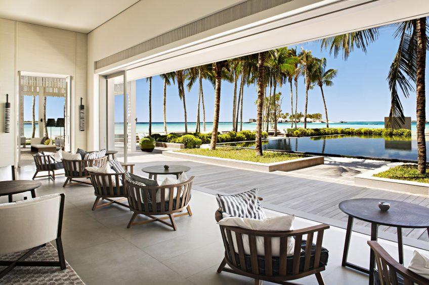 Cheval Blanc Randheli Luxury Resort - Noonu Atoll, Maldives - The White Bar Beach Club