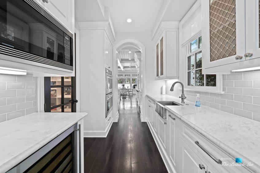 1412 Laurel Ave, Manhattan Beach, CA, USA - Kitchen Butlers Pantry