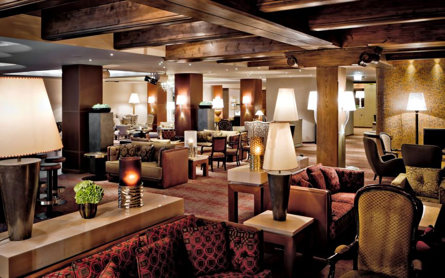 Tschuggen Grand Luxury Hotel - Arosa, Switzerland - Lounge