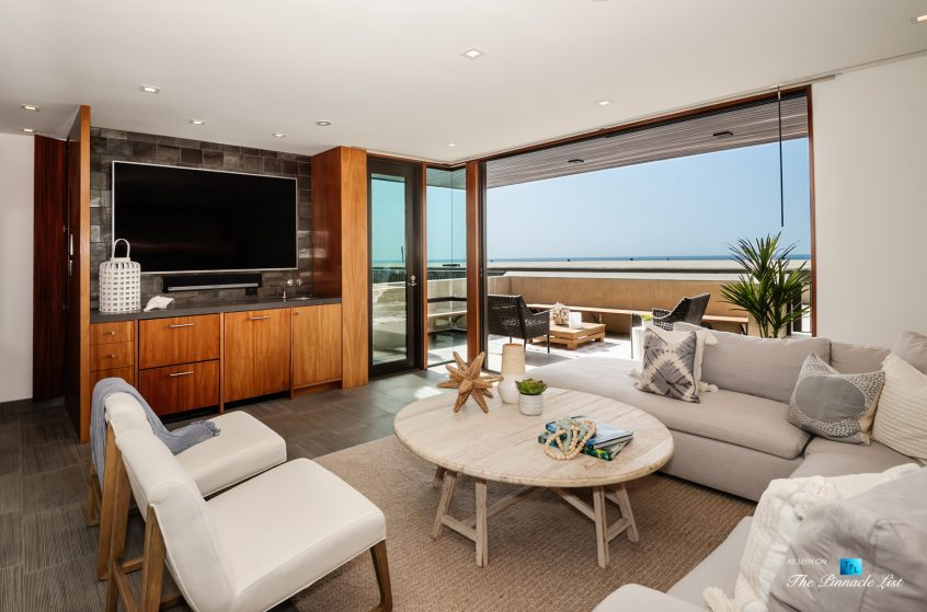 732 The Strand, Hermosa Beach, CA, USA - Entertainment Room Oceanview