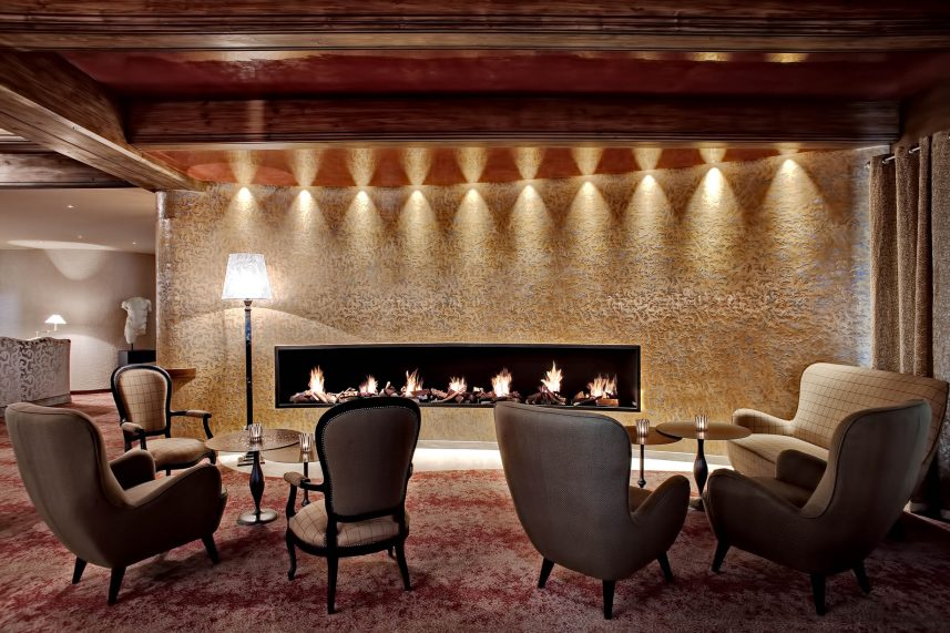 Tschuggen Grand Luxury Hotel - Arosa, Switzerland - Fireplace