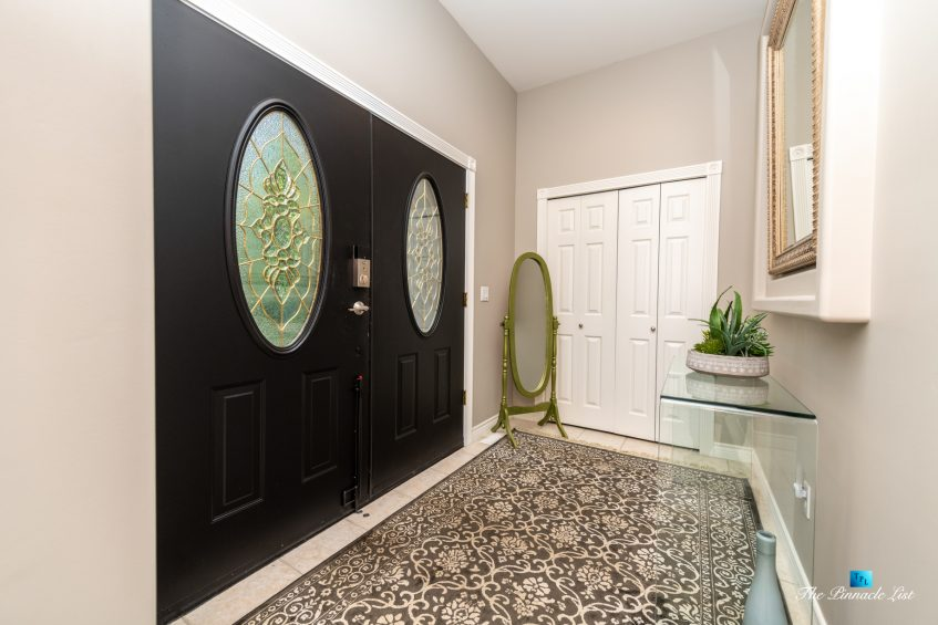 2366 Sunnyside Rd, Anmore, BC, Canada - Front Door Foyer