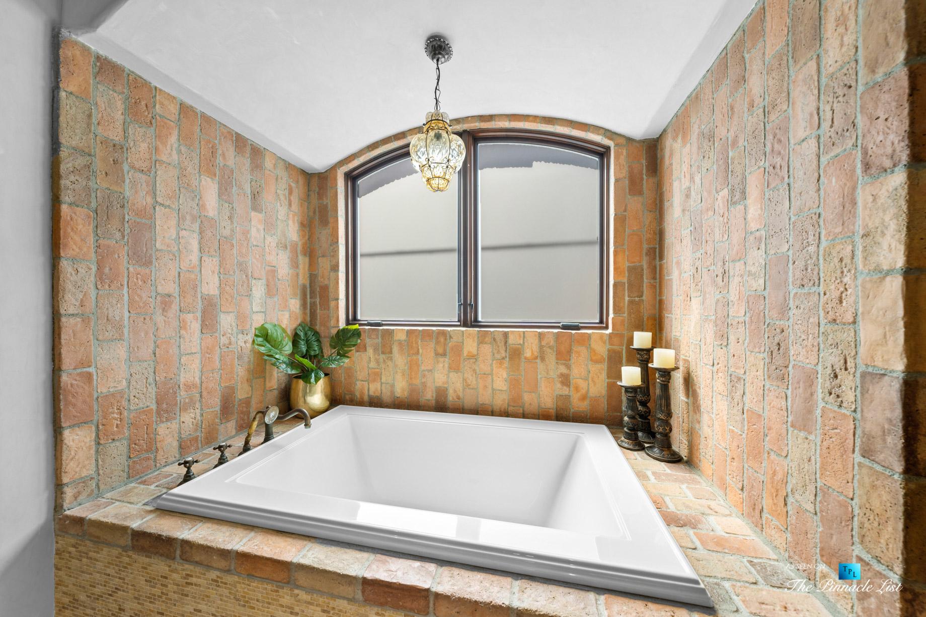 216 7th St, Manhattan Beach, CA, USA – Luxury Real Estate – Coastal Villa Home – Master Bathroom Tub