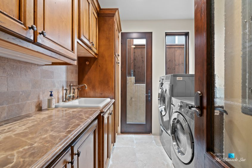 216 7th St, Manhattan Beach, CA, USA - Luxury Real Estate - Coastal Villa Home - Laundry Room