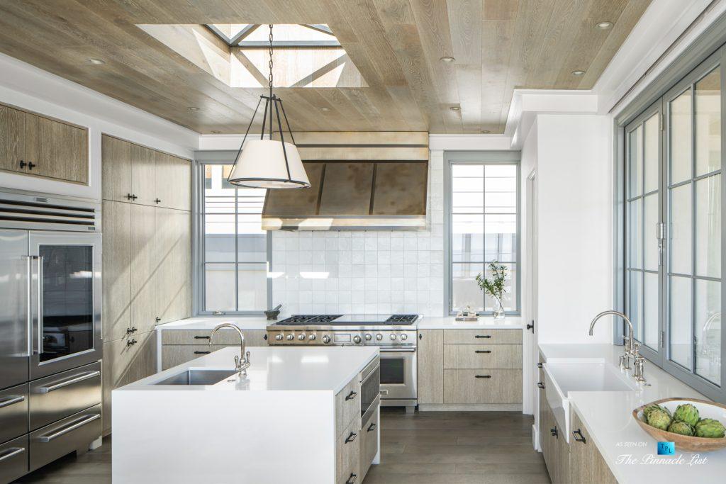 Exquisite Luxury Walk Street Home - 220 8th St, Manhattan Beach, CA, USA - Kitchen