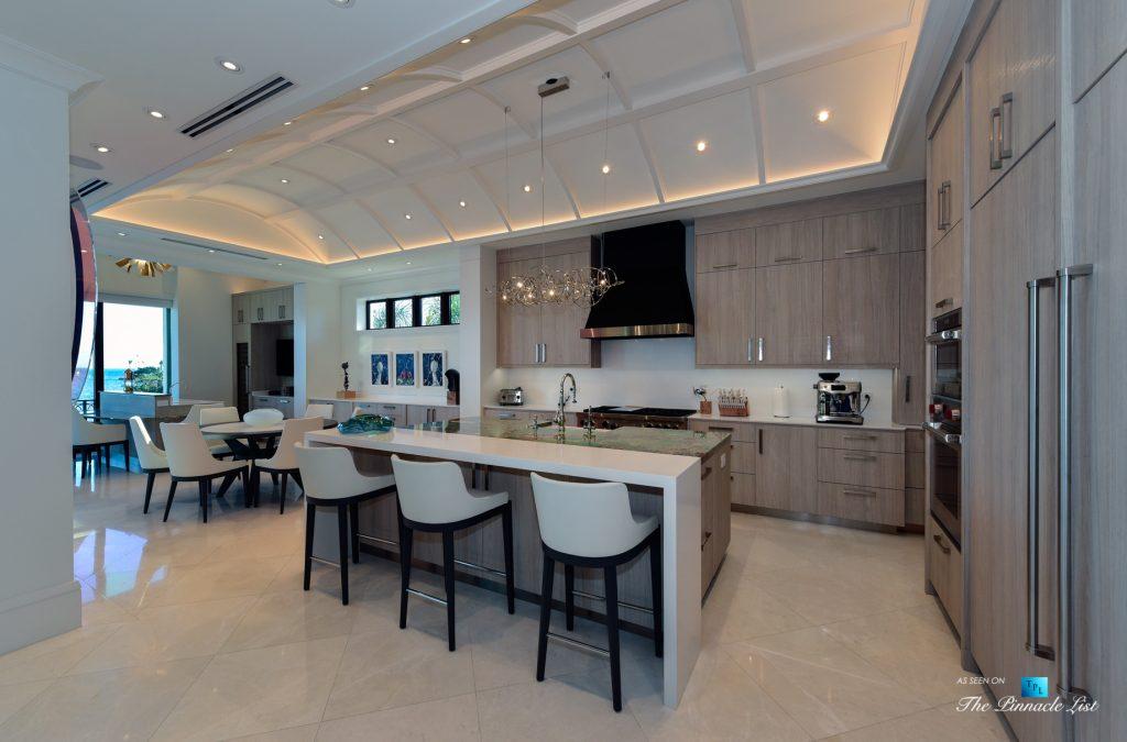 Ocean Reef Club Luxury Estate - 103 Andros Rd, Key Largo, FL, USA - Kitchen