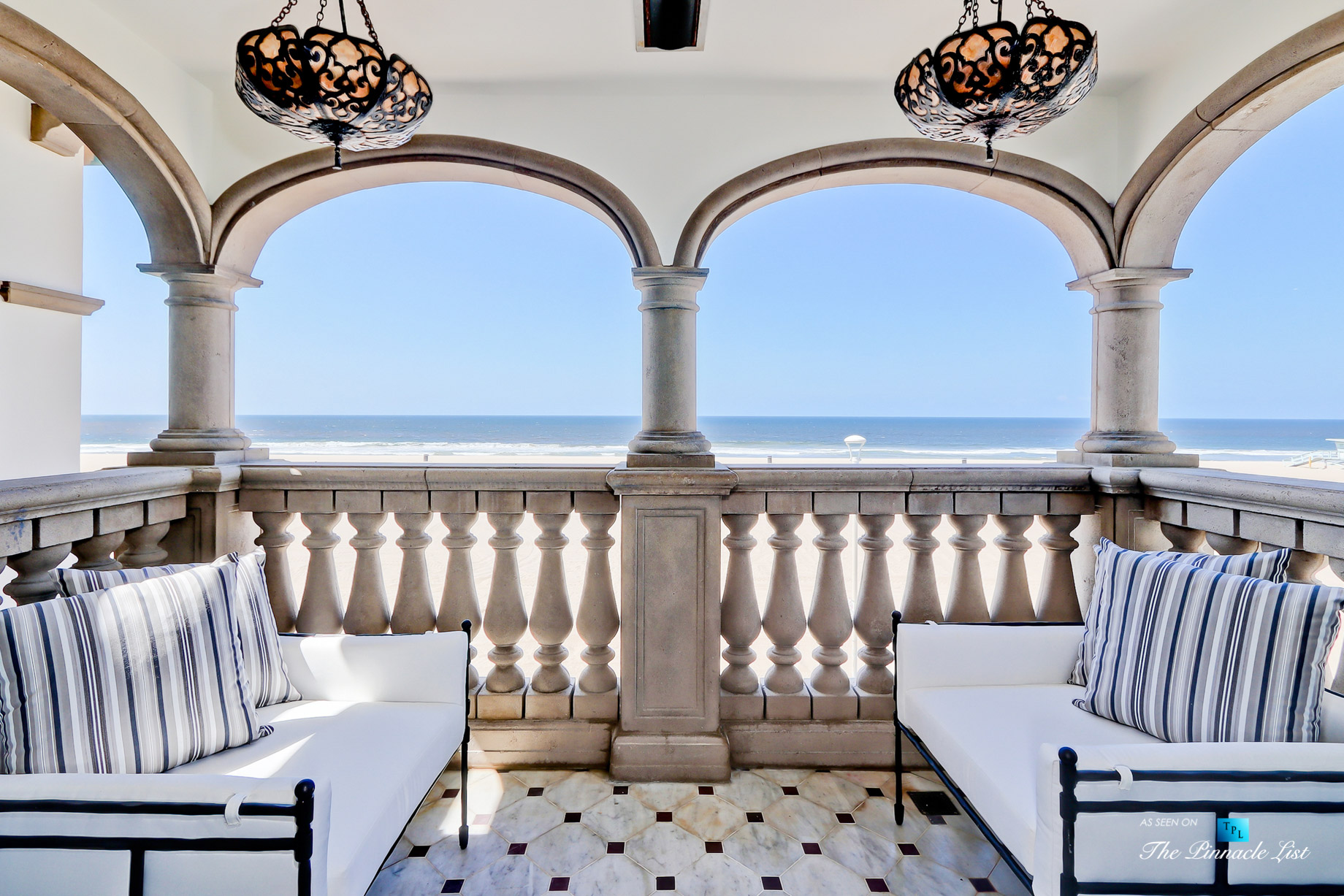 Oceanfront Luxury Living Exemplified - 2806 The Strand, Hermosa Beach, CA, USA - Master Balcony