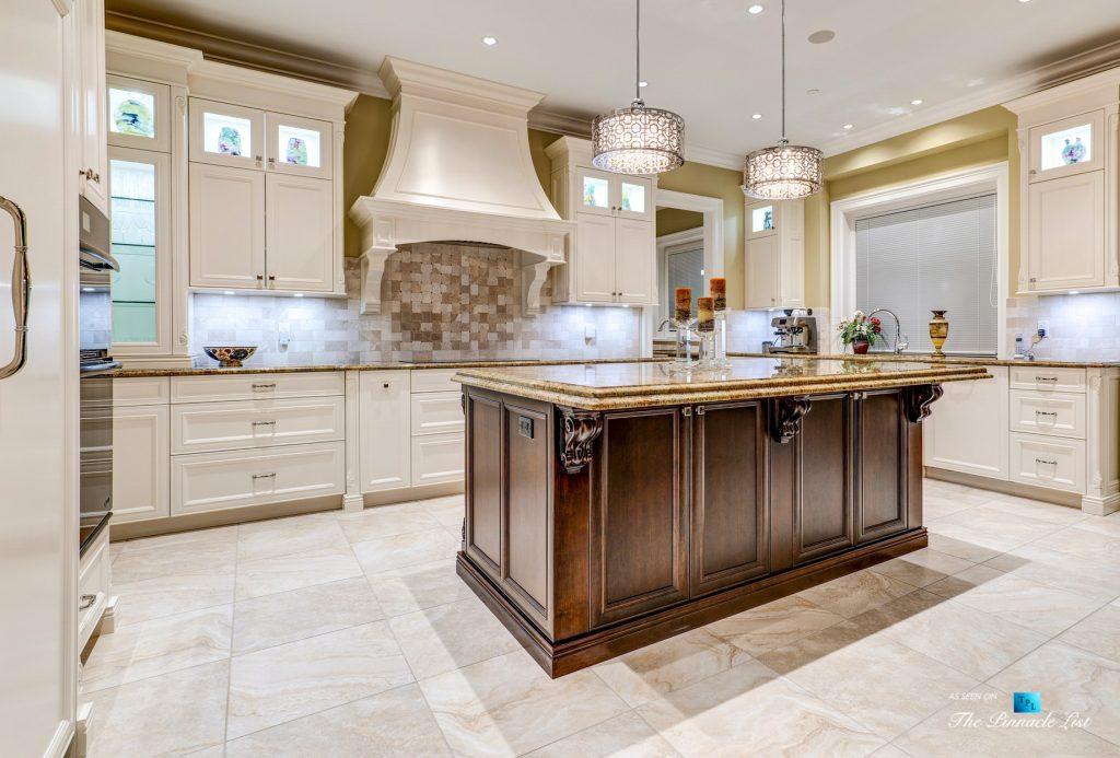 Pinnacle Ridge Luxury Estate - 2057 Ridge Mountain Dr, Anmore, BC, Canada - Kitchen