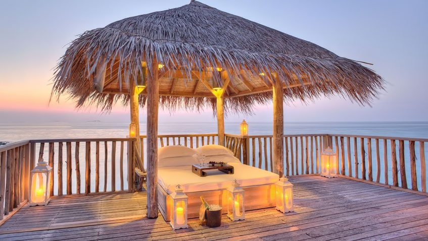 Gili Lankanfushi Luxury Resort - North Male Atoll, Maldives - Family Villa Day Bed