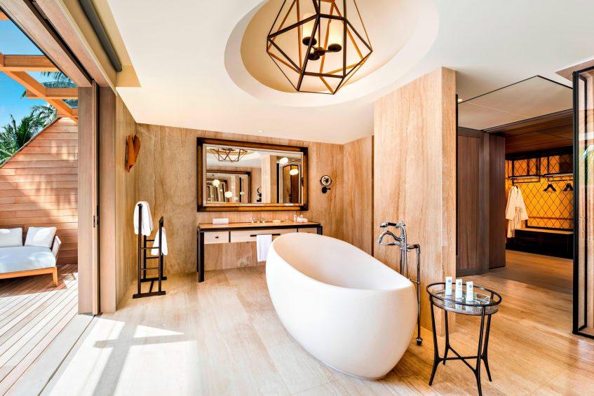 The St. Regis Maldives Vommuli Luxury Resort - Dhaalu Atoll, Maldives - Caroline Astor Estate Bathroom