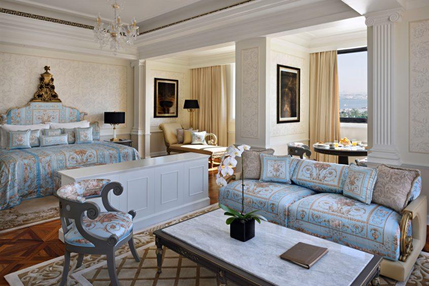 Palazzo Versace Dubai Hotel - Jaddaf Waterfront, Dubai, UAE - Imperial Suite Bedroom