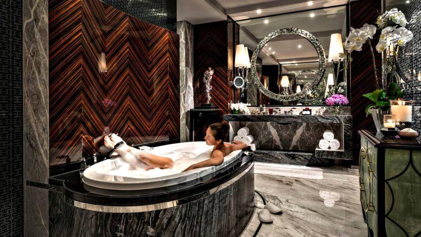 Regent Shanghai Pudong Luxury Hotel - Shanghai, China - Deluxe Bath