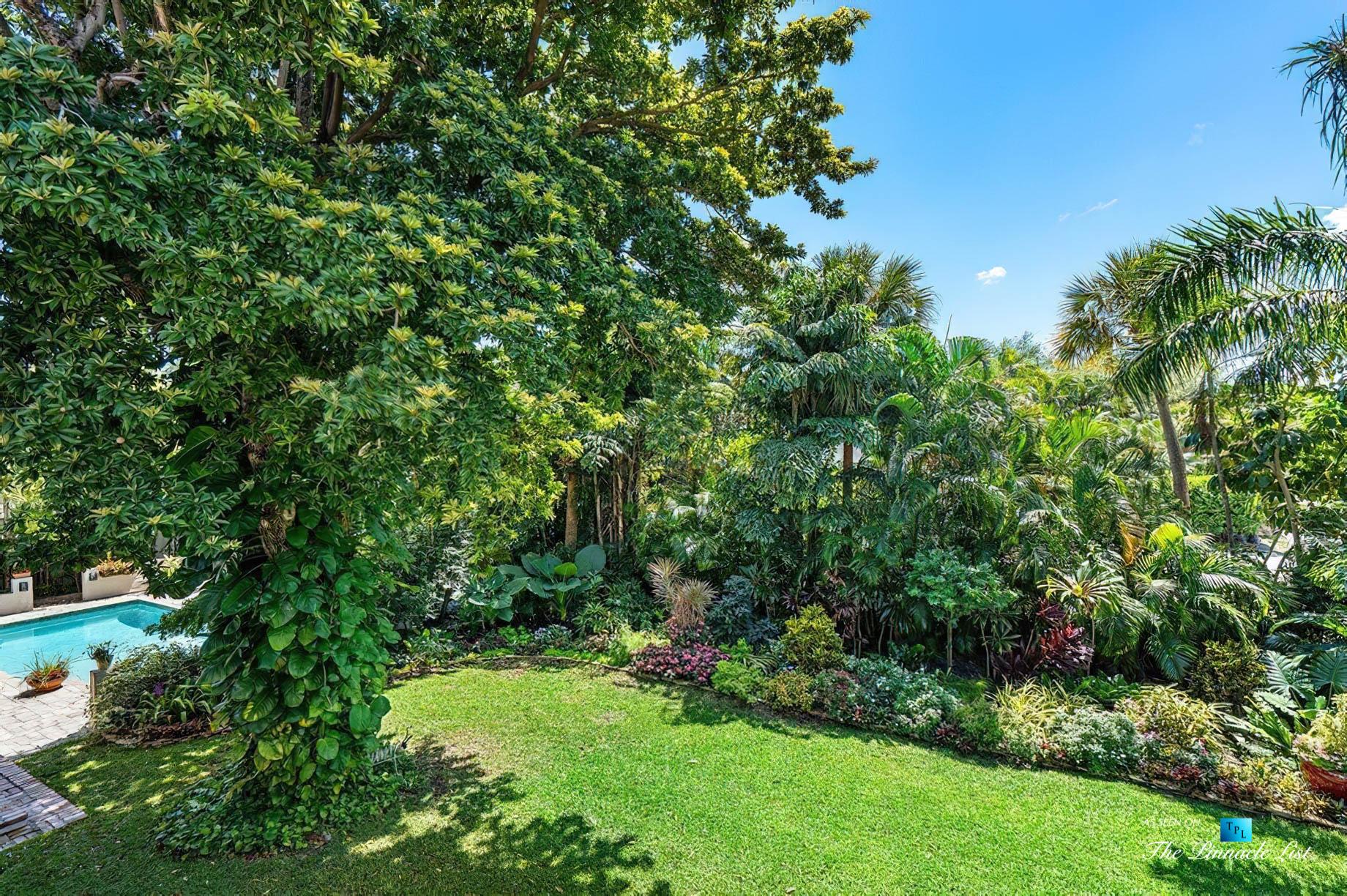 888 Oleander St, Boca Raton, FL, USA - Luxury Real Estate - Old Floresta Estate Home - Backyard