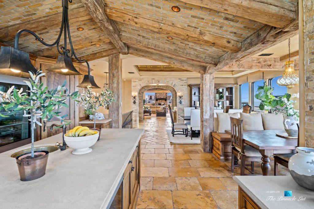 Authentic Luxury Coastal Villa - 216 7th St, Manhattan Beach, CA, USA - Kitchen and Dining Room
