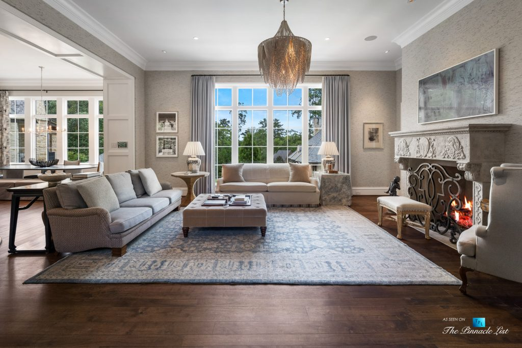 North Buckhead Luxury Estate - 1150 W Garmon Rd, Atlanta, GA, USA - Living Room