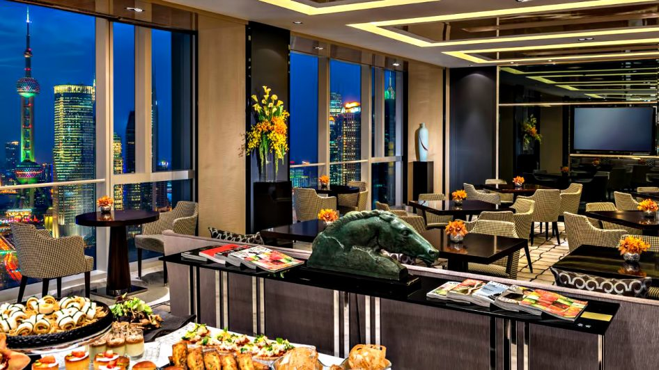 Regent Shanghai Pudong Luxury Hotel - Shanghai, China - Tower Lounge