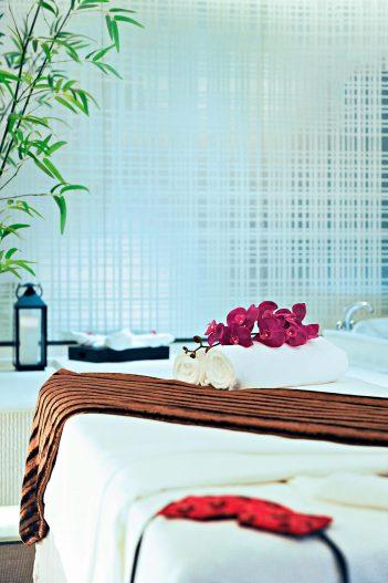 The St. Regis Tianjin Luxury Hotel - Tianjin, China - Riviera Restaurant - Spa