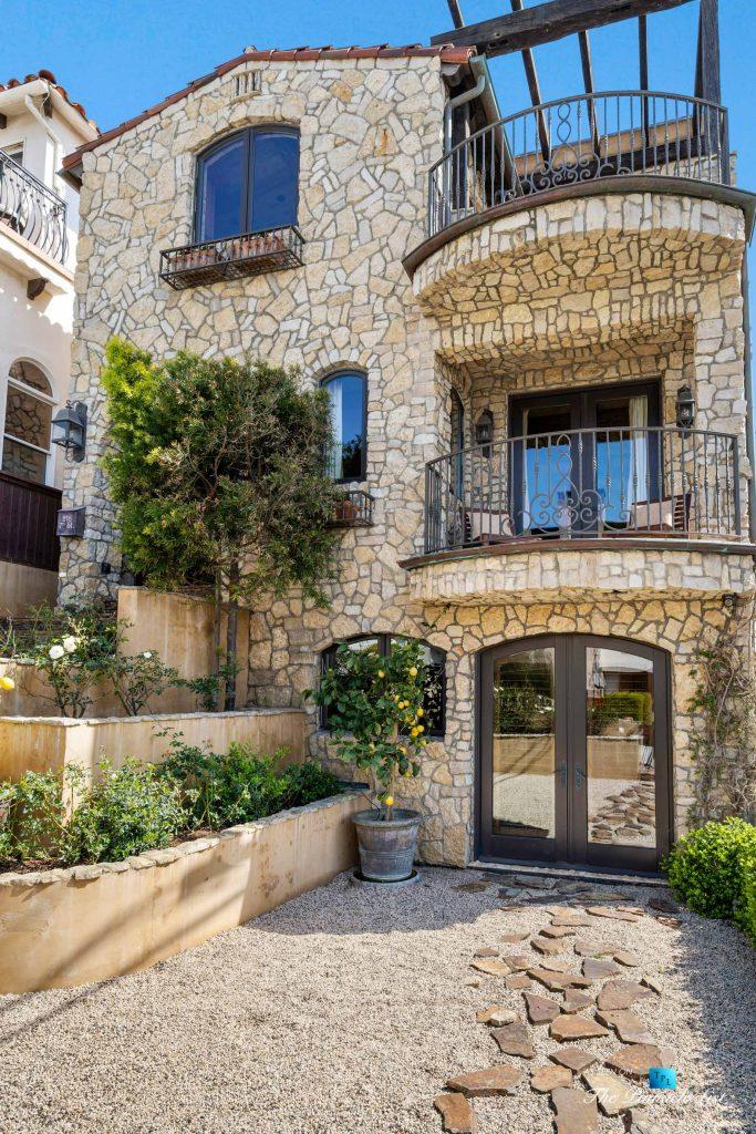 216 7th St, Manhattan Beach, CA, USA - Luxury Real Estate - Coastal Villa Home - Front Exterior Patio