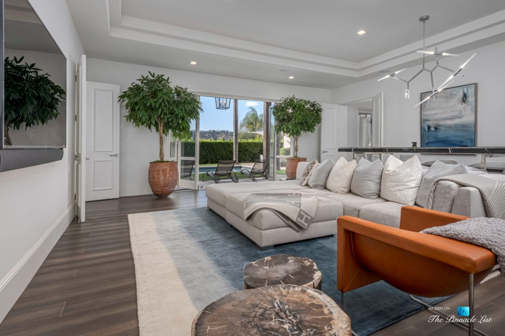 Beverly Hills Italian Villa Hilltop Estate - 2720 Ellison Dr, Beverly Hills, CA, USA - Kitchen Island