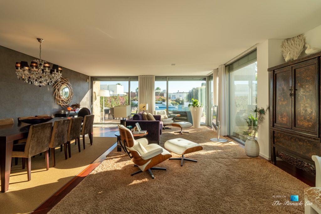 Francelos Beach T5 Luxury Villa - Vila Nova de Gaia, Porto, Portugal - Living and Dining Room