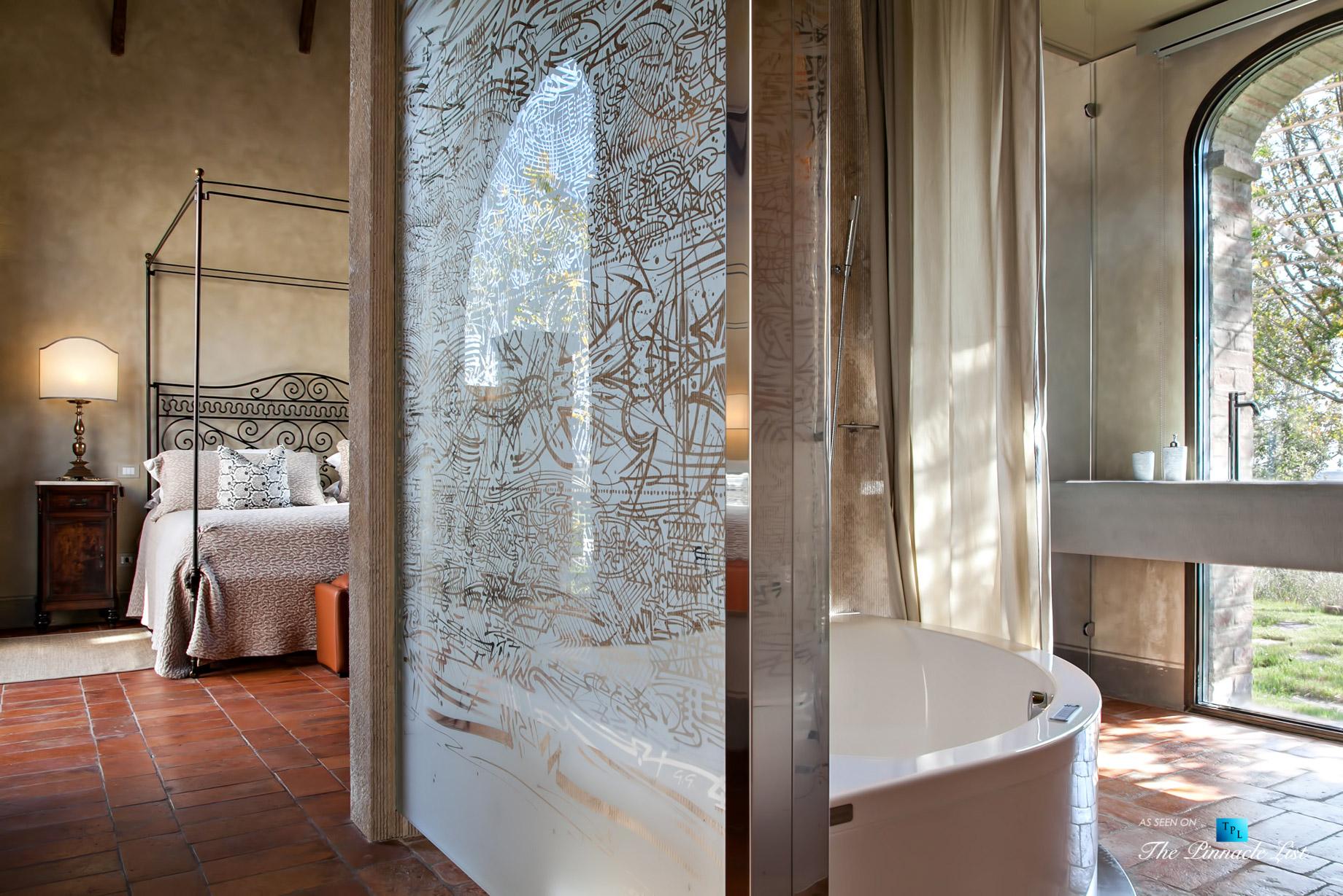 aHistoric Tuscan Villa – Podere Panico Estate, Monteroni d'Arbia, Siena, Tuscany, Italy – Master Bathroom