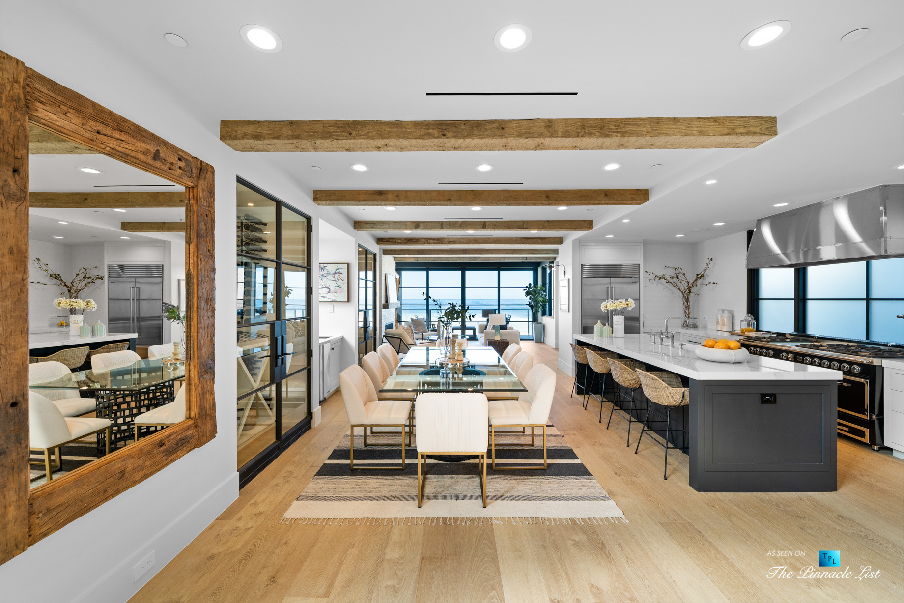 Modern Luxury on The Strand – 508 The Strand, Manhattan Beach, CA, USA – Dining Room and Kitchen