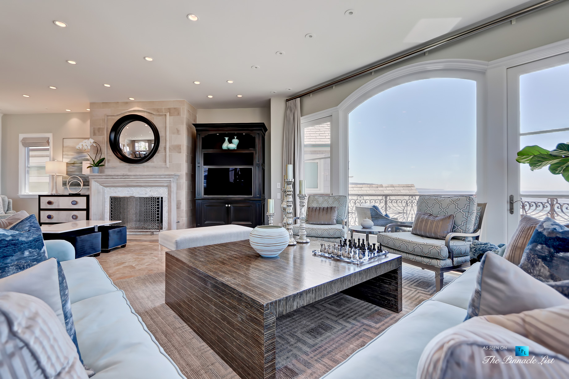 Ultimate California Luxury Living - 1920 The Strand, Manhattan Beach, CA, USA - Ocean View Living Room