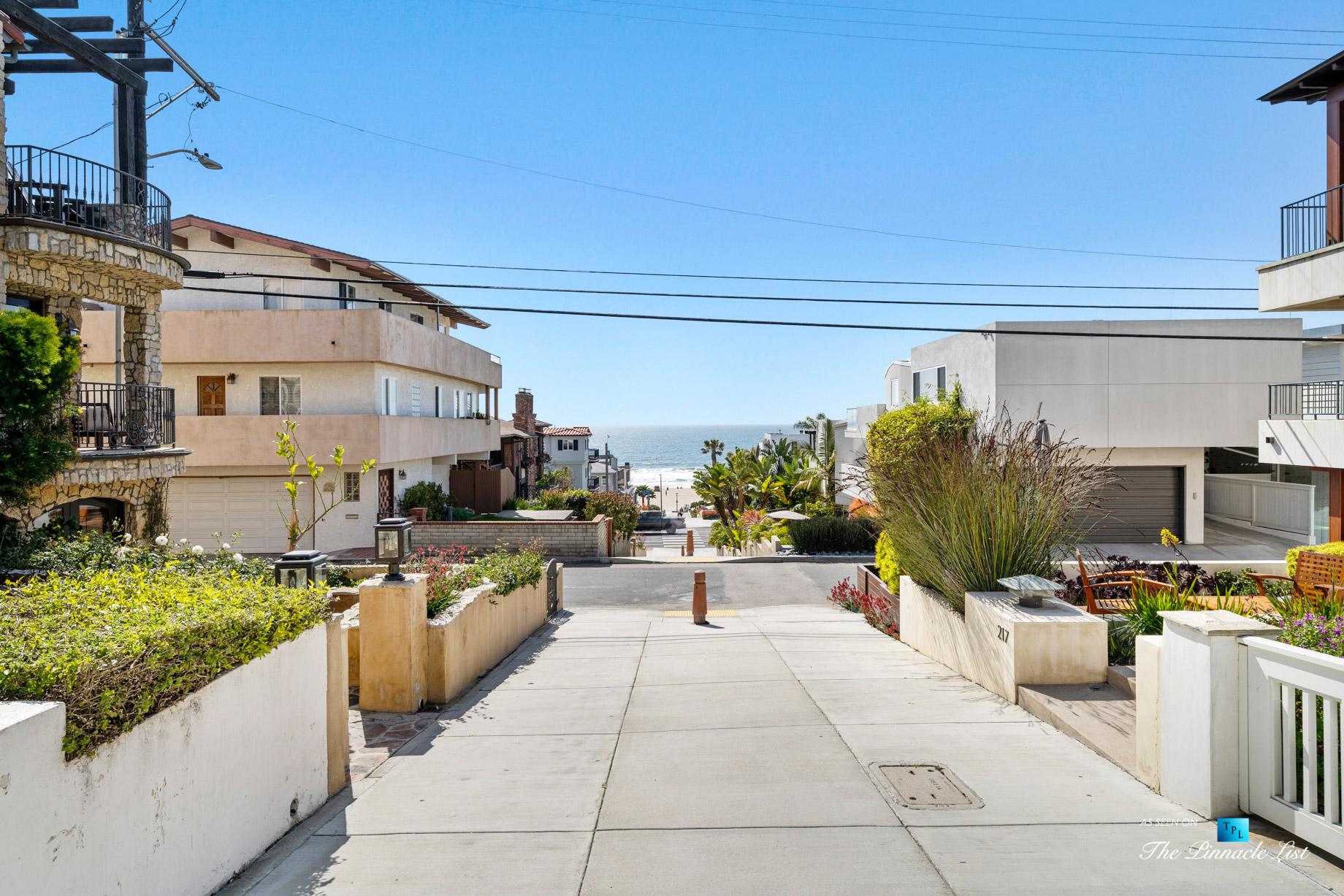 216 7th St, Manhattan Beach, CA, USA - Luxury Real Estate - Coastal Villa Home - House Beach Path