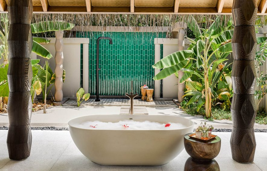 Joali Maldives Luxury Resort - Muravandhoo Island, Maldives - Beachfront Villa Outdoor Bathroom