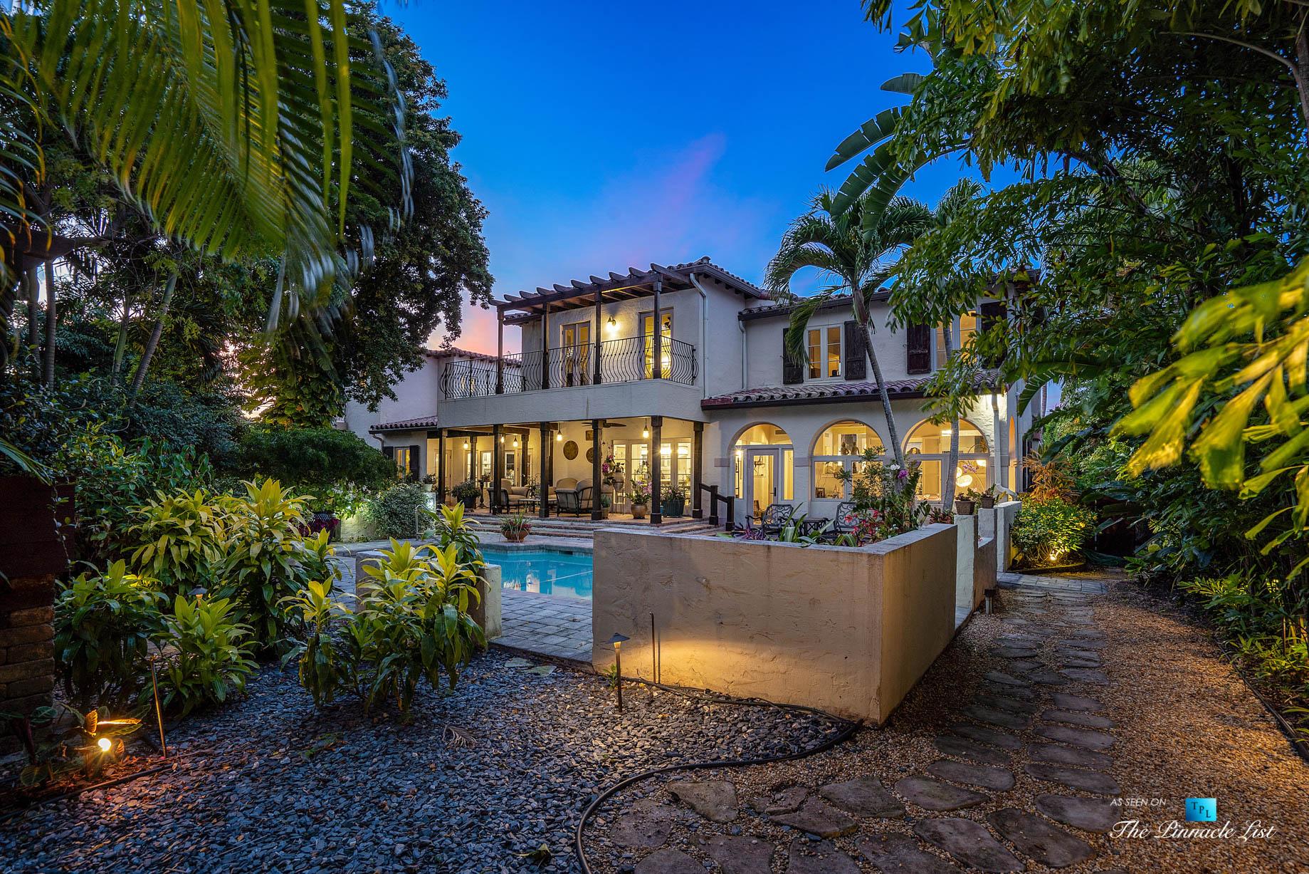 888 Oleander St, Boca Raton, FL, USA - Luxury Real Estate - Old Floresta Estate Home - Sunset Backyard View