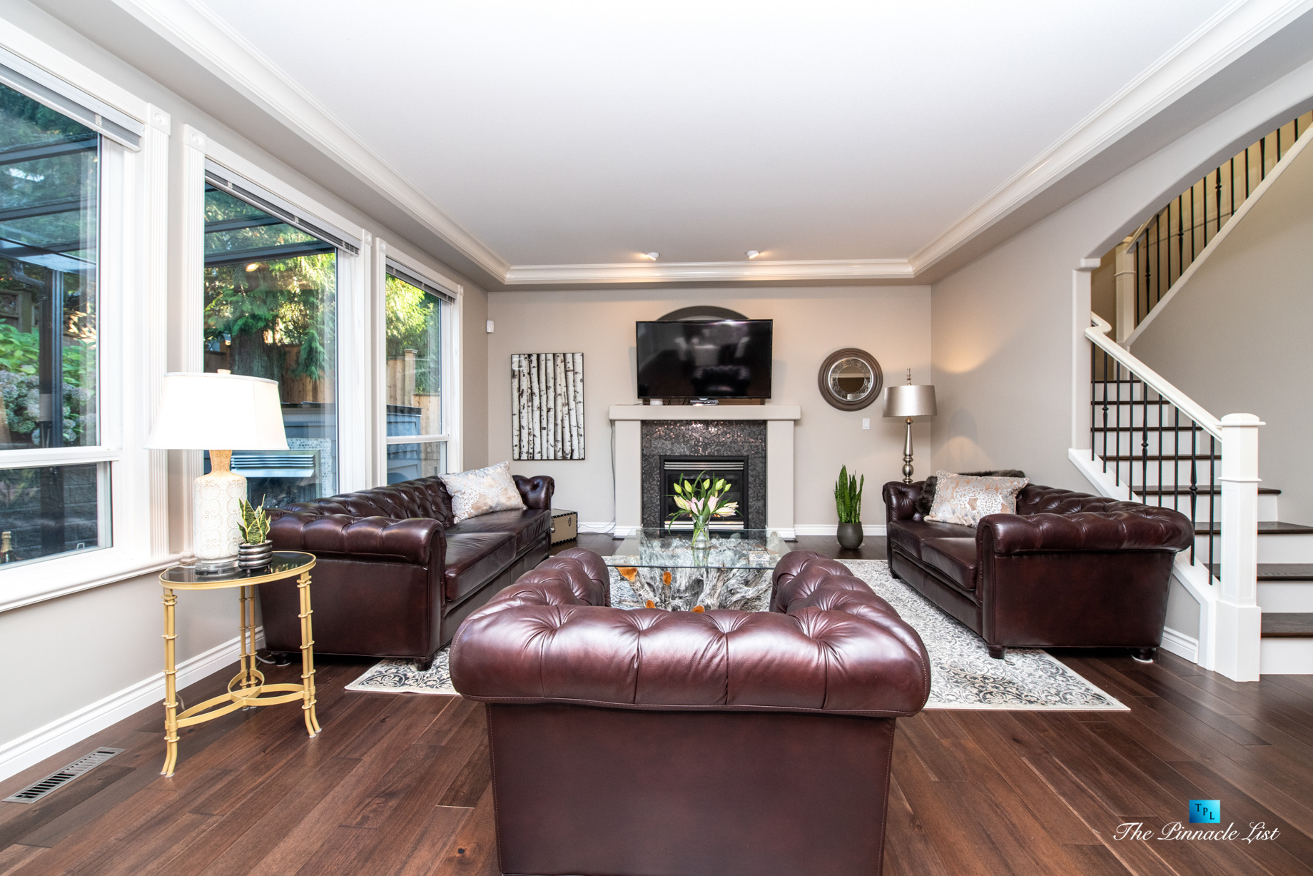 2366 Sunnyside Rd, Anmore, BC, Canada – Living Room