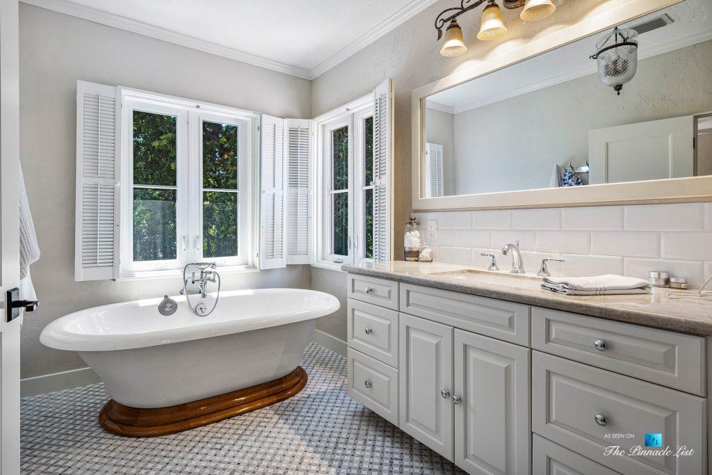 Addison Mizner Old Floresta Home – 888 Oleander St, Boca Raton, FL, USA - Master Bathroom