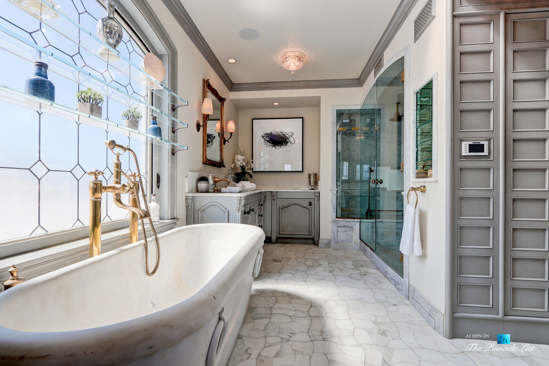 Oceanfront Luxury Living Exemplified - 2806 The Strand, Hermosa Beach, CA, USA - Master Bathroom