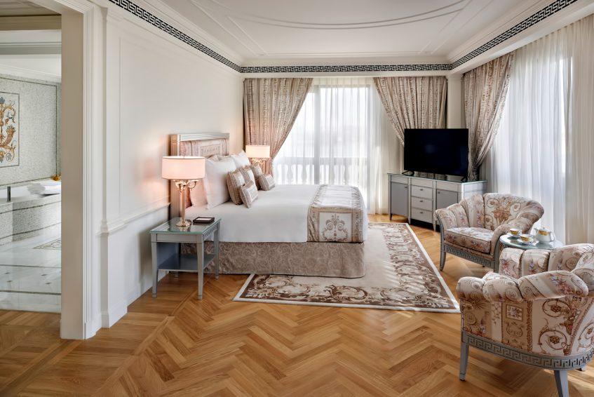 Palazzo Versace Dubai Hotel - Jaddaf Waterfront, Dubai, UAE - 4 Bedroom Residence Bedroom