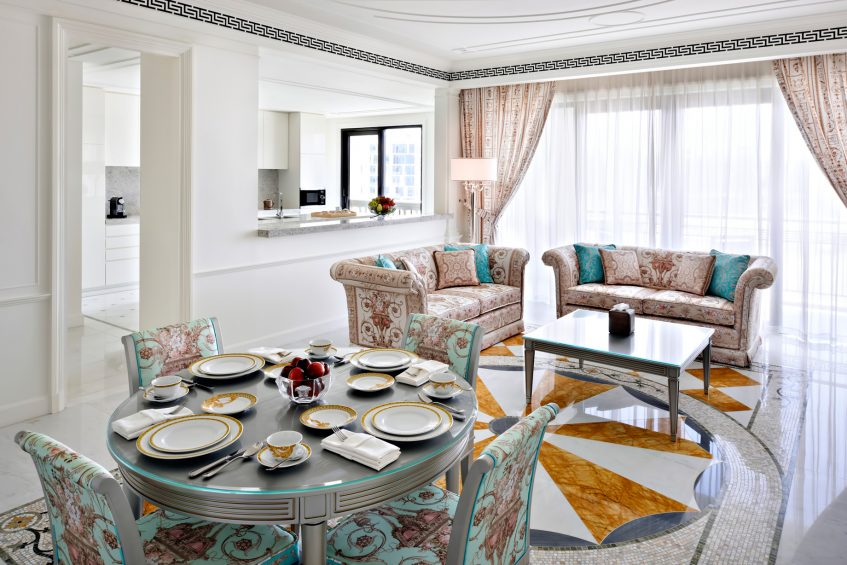 Palazzo Versace Dubai Hotel - Jaddaf Waterfront, Dubai, UAE - 4 Bedroom Residence Dining Area