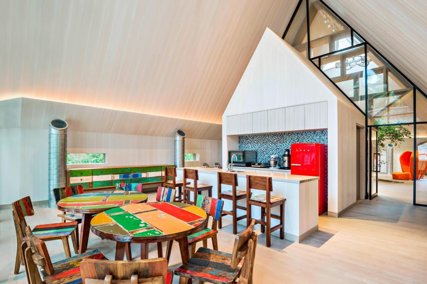 The St. Regis Maldives Vommuli Luxury Resort - Dhaalu Atoll, Maldives - Kids Club